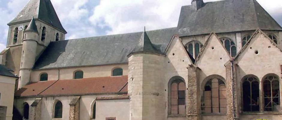 La collégiale Saint-Loup est classée « monument historique »